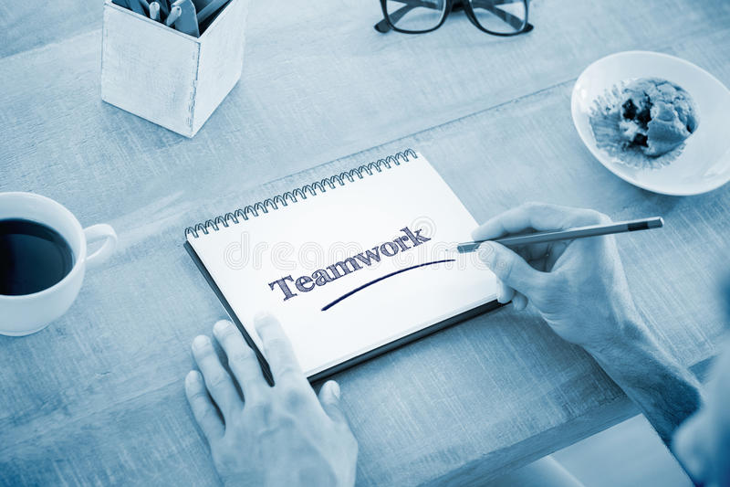 测试反对人关于笔记本的文字笔记 图库摄影