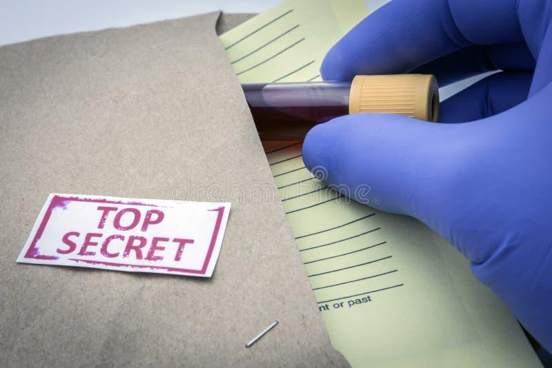 测试对于血液研究  库存照片
