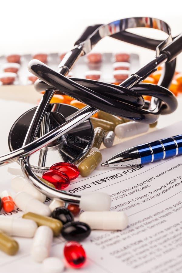 测试形式的医学和药物 库存照片