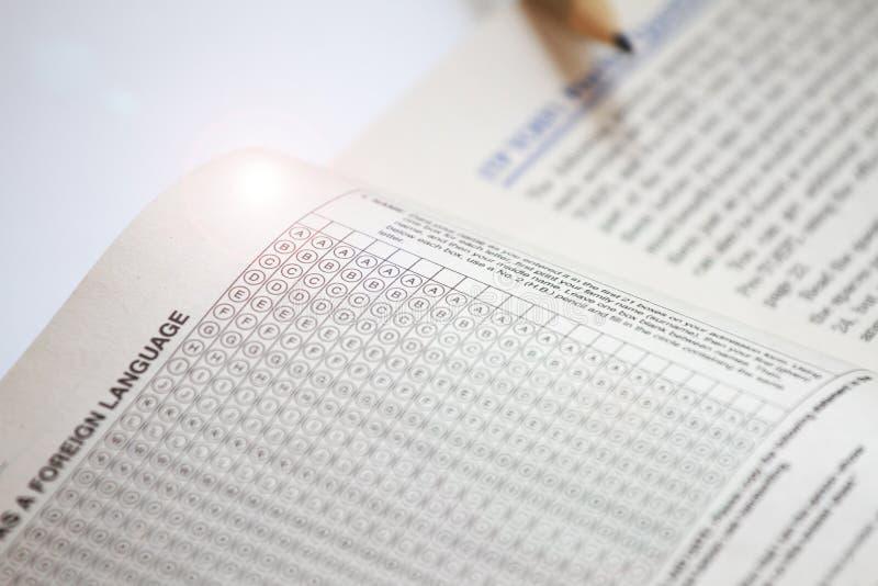 测试检查的答案纸 托福实践问题 英国了解 库存照片