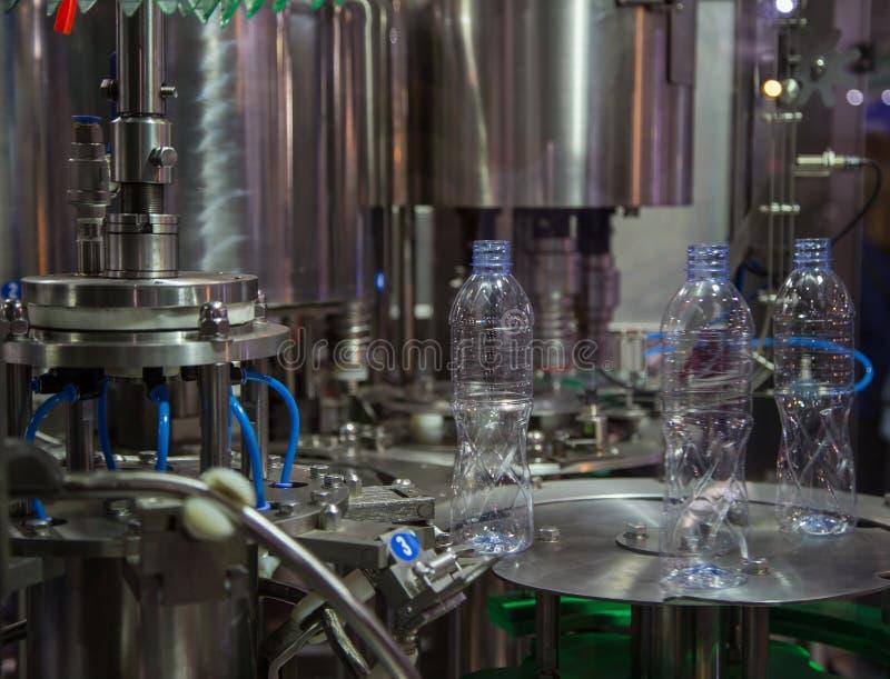 测试水瓶打包机 免版税库存图片