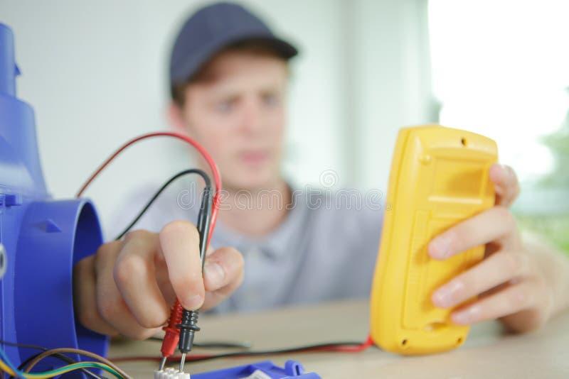 测试电子流程 库存照片