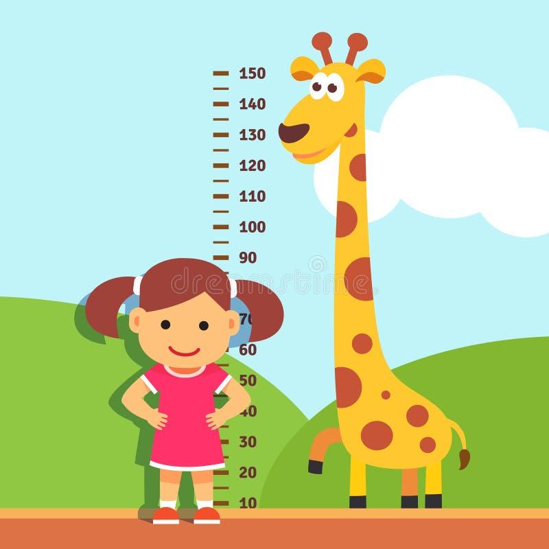 测量他的高度的女孩孩子在幼儿园墙壁 皇族释放例证