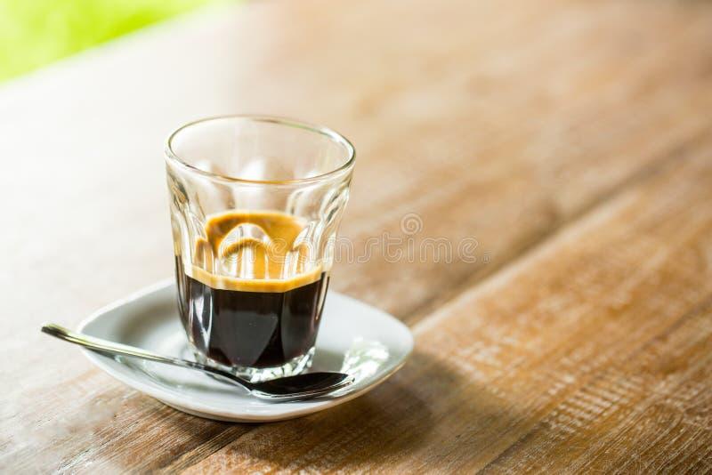 浓咖啡咖啡葡萄酒杯子 免版税库存图片
