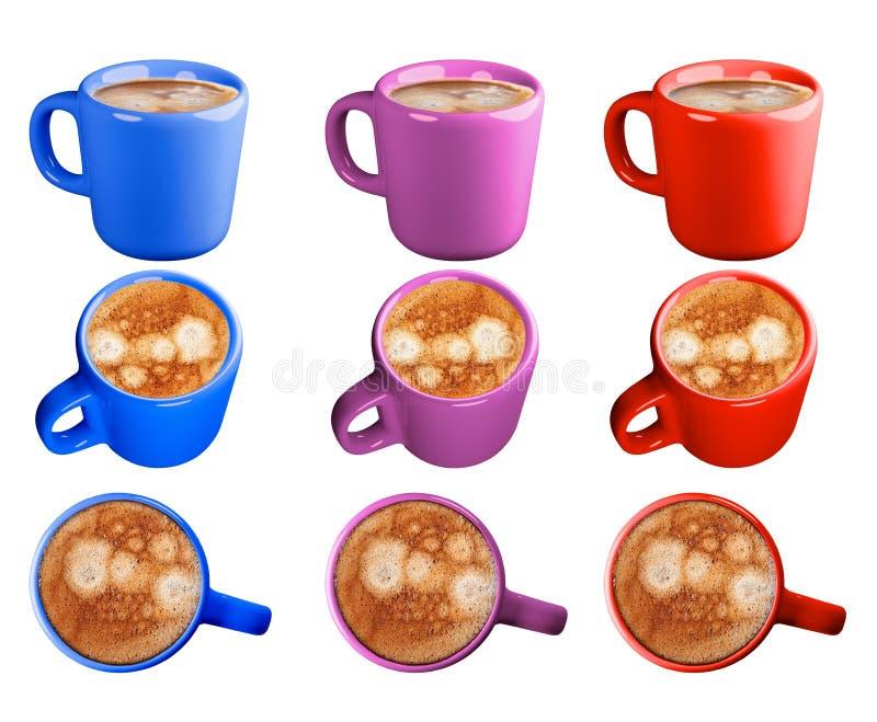 浓咖啡咖啡,在一个蓝色,紫色和红色杯子 在空白背景的孤立 图库摄影