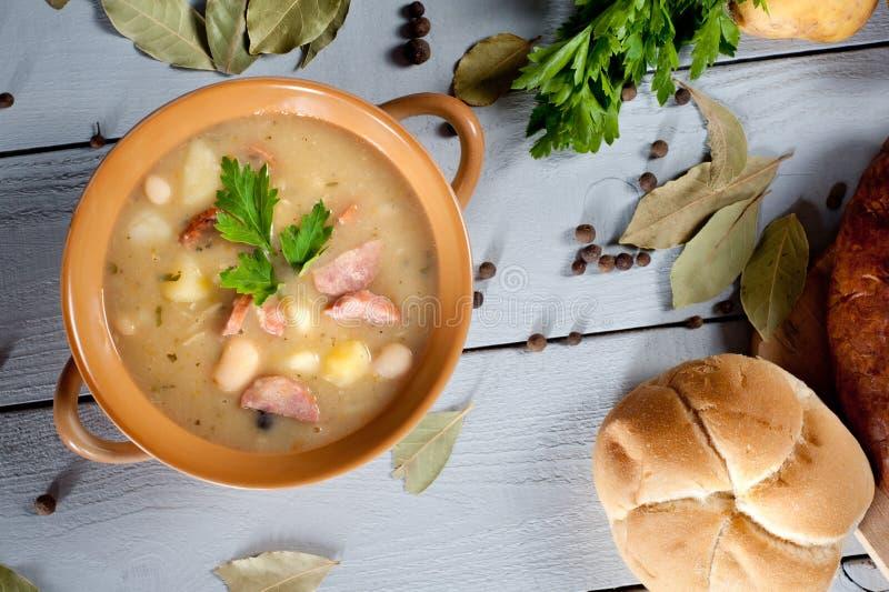 浓豆汤用传统香肠 图库摄影