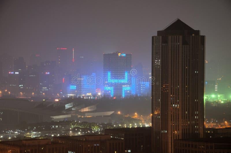 浦东上海夜间视图  库存图片