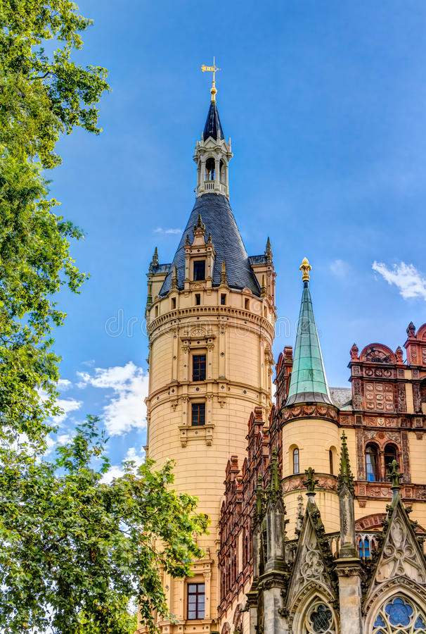 浪漫历史相对论建筑学样式的什未林宫殿 库存照片