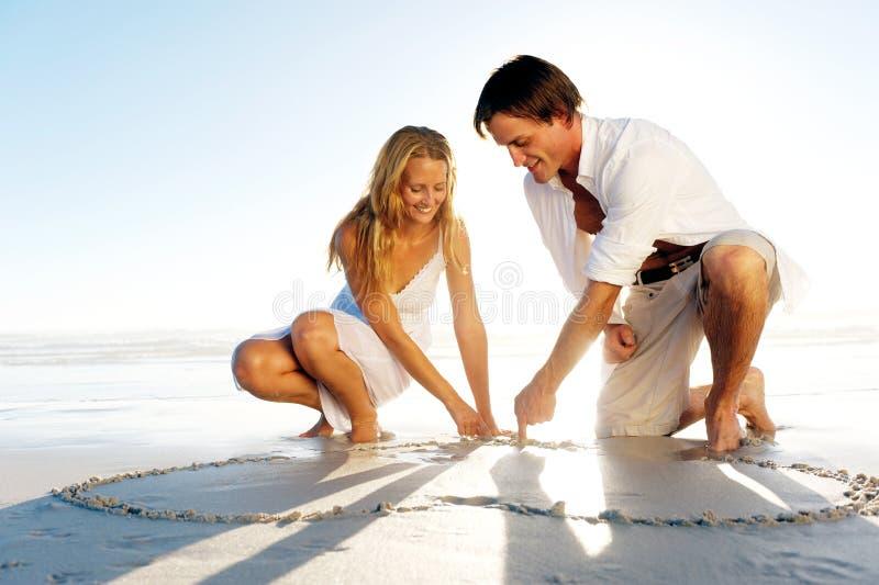浪漫夫妇的重点 免版税库存照片