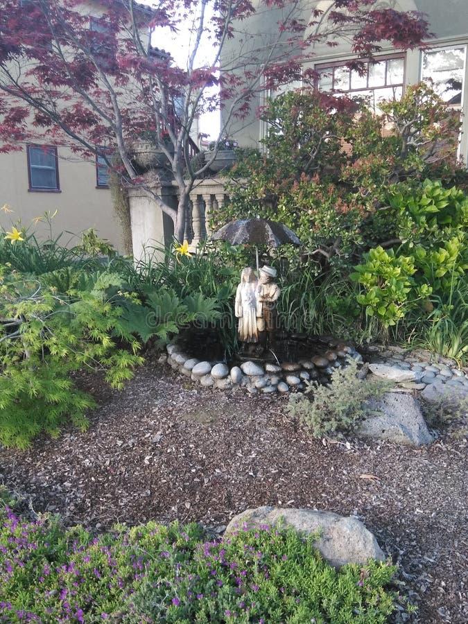 浪漫的庭院 库存图片