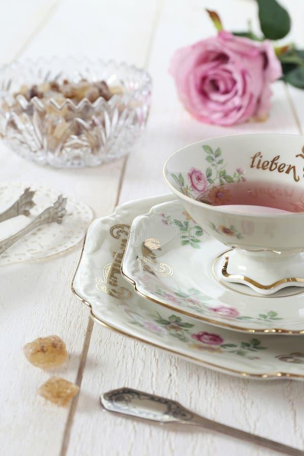 浪漫茶喝在情人节 免版税库存照片