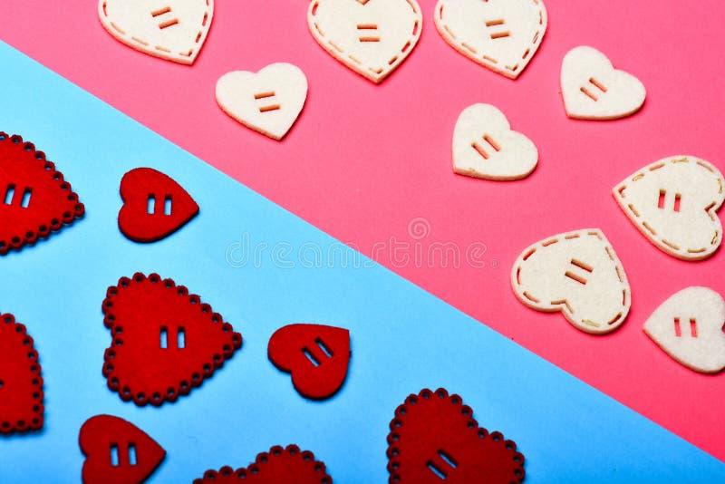 浪漫问候 情人节心脏背景 日重点例证查出爱言情s华伦泰白色 flatlay最小的被称呼的情人节 所有您 库存图片