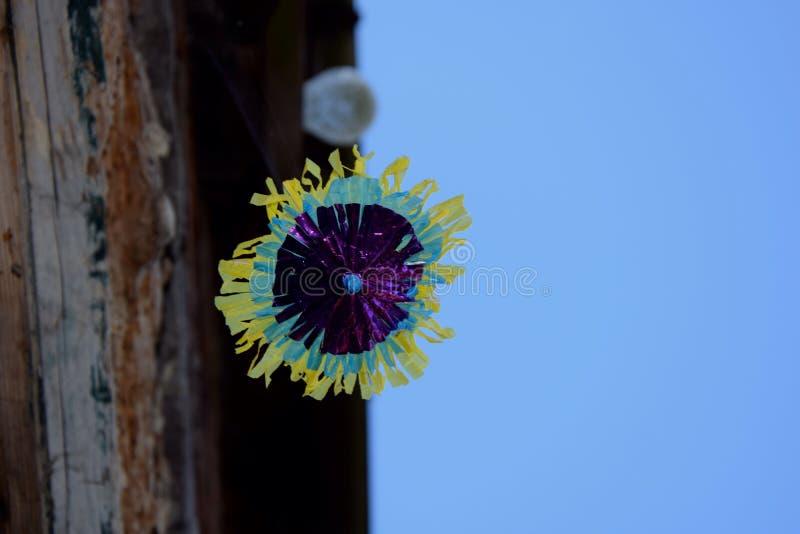 浮动微型沙滩伞 免版税图库摄影
