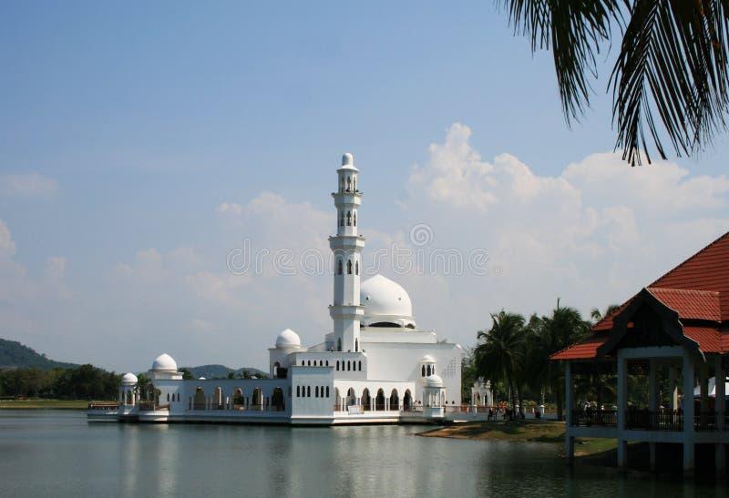 浮动的masjid清真寺terapung 免版税库存照片