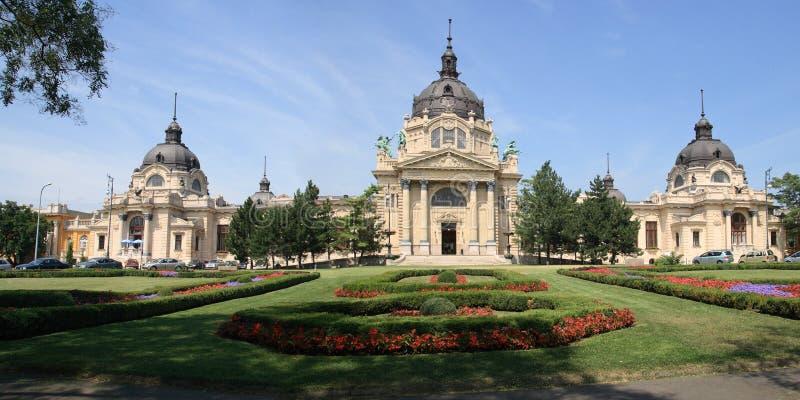 浴布达佩斯市医药全景公园 免版税图库摄影
