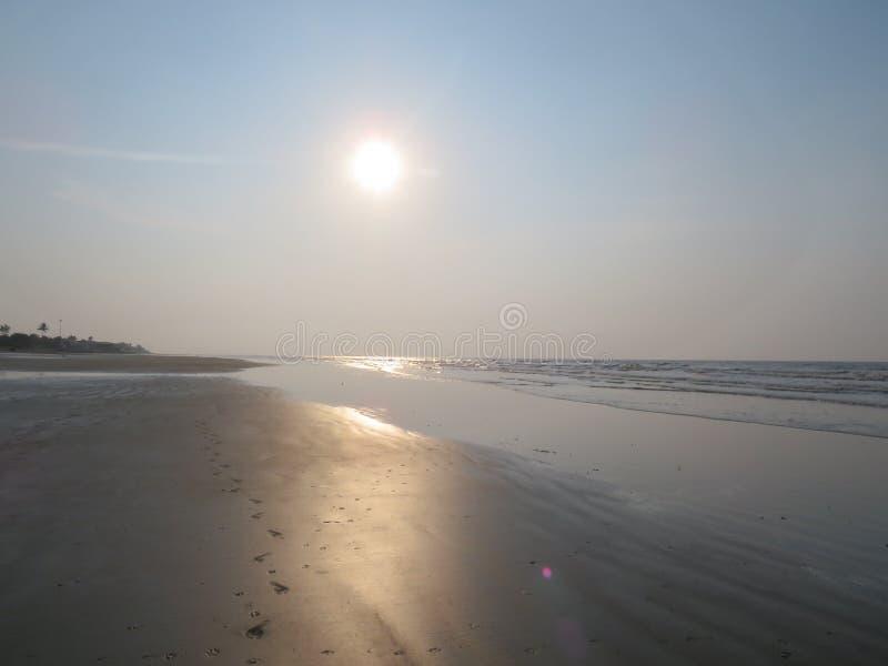 海上的朝阳 库存图片