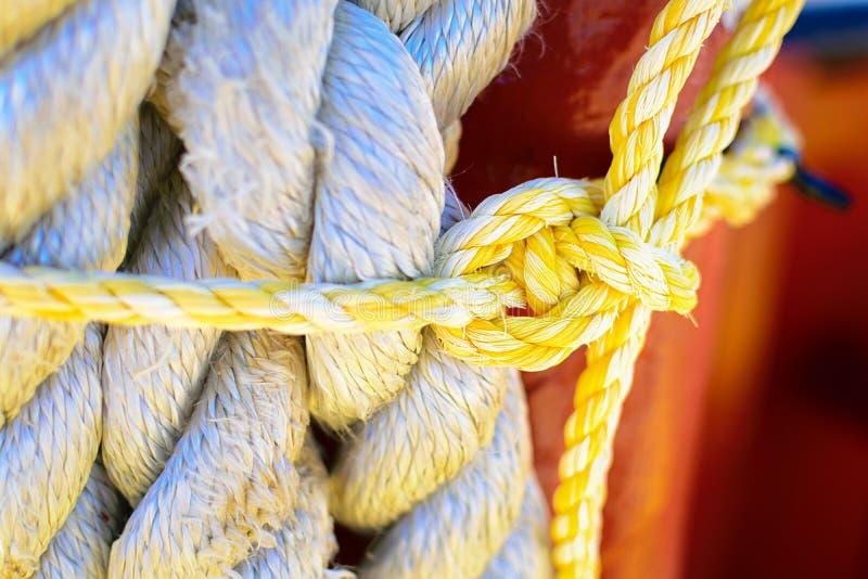 海上的绳索 免版税库存图片
