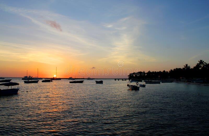 海上的黎明在多米尼加共和国 库存照片