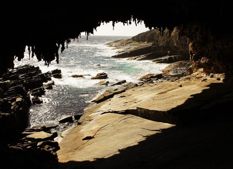Download 海军上将曲拱,澳大利亚 库存图片. 图片 包括有 峭壁, 功能, 海岸, 利息, 形成弧光的, 黎明, 横向 - 30327559