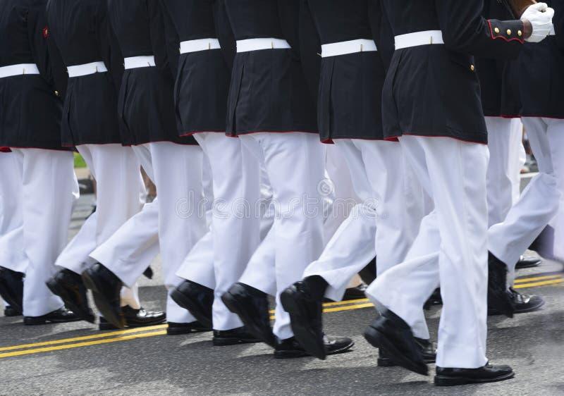 海军陆战队员行军单位阵亡将士纪念日游行华盛顿特区 免版税库存照片