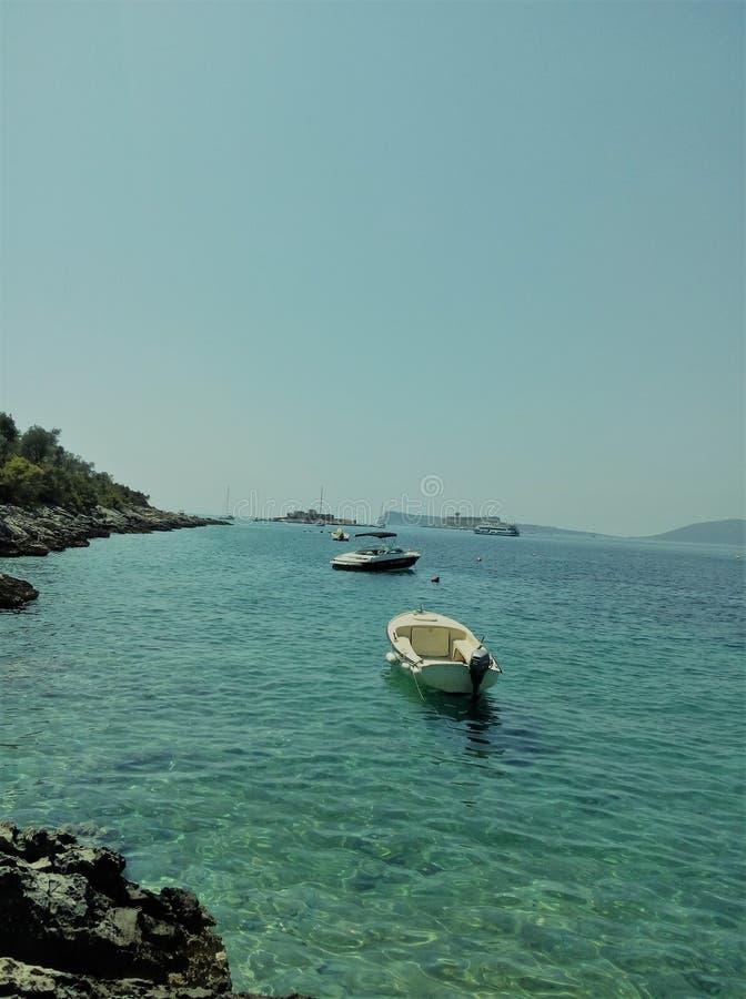 海和小船 库存照片