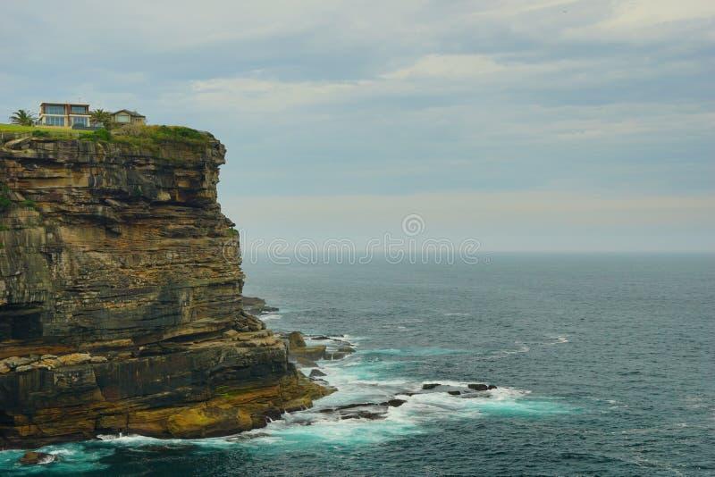 海和波浪在金刚石海湾在悉尼 库存照片