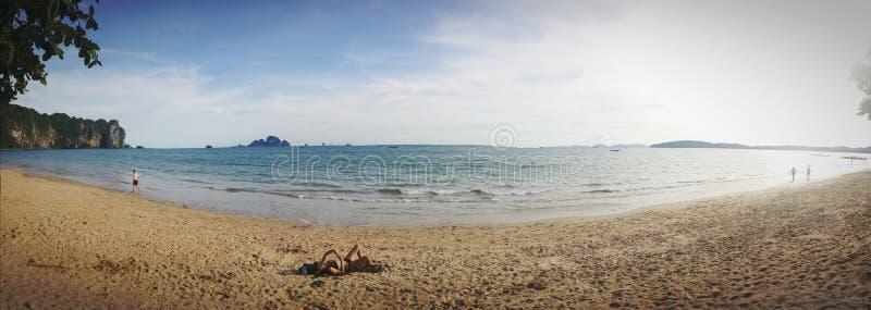 海和海滩全景视图  免版税库存照片