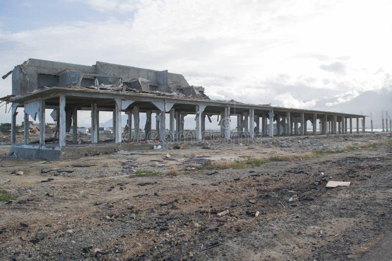海啸损伤在帕卢海岸地区 库存图片