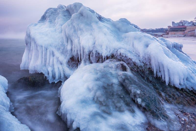 黑海在冬天定期的傲德萨,乌克兰 图库摄影