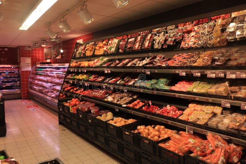 海姆斯泰德,荷兰- 2019年5月26日:超级市场内部 库存照片