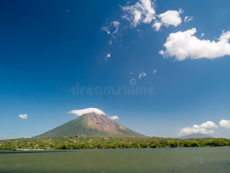 海岛奥梅特佩岛在尼加拉瓜 免版税库存照片