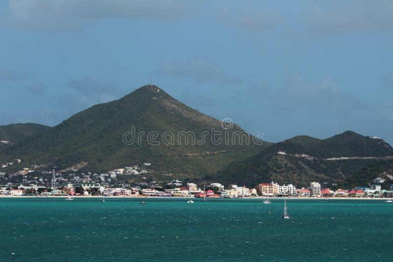 海岛海湾和海岸在加勒比海 Philipsburg,圣马丁 免版税库存图片