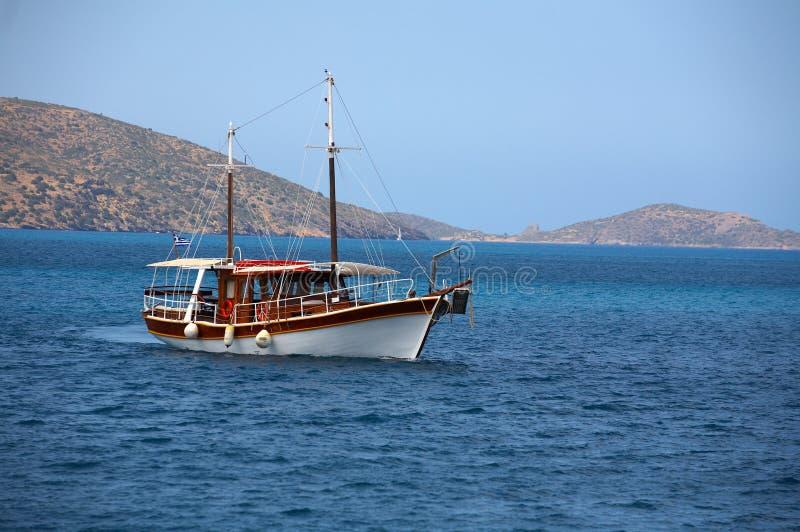海岛船 免版税库存图片