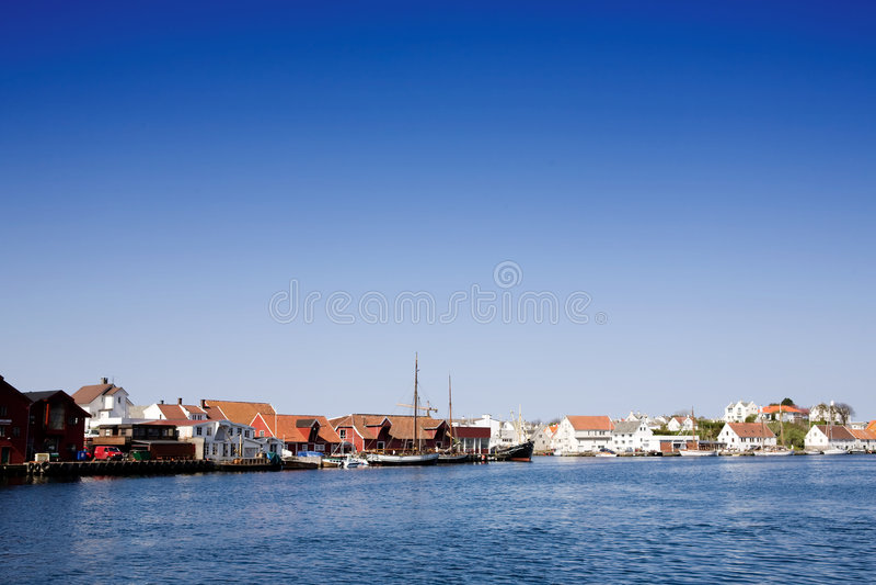 海岸挪威城镇 库存照片