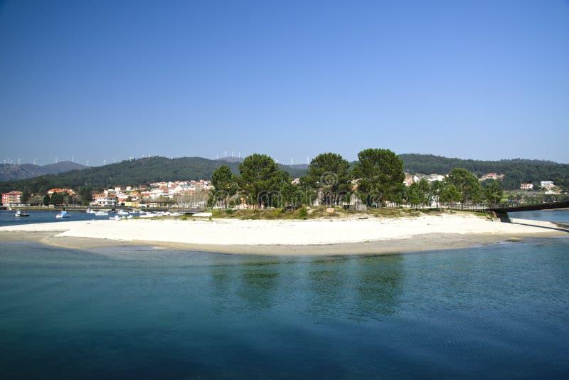 海岸的村庄 免版税库存照片