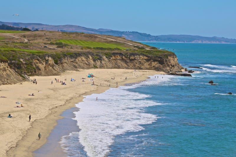 海岸线半月湾加利福尼亚 免版税库存照片