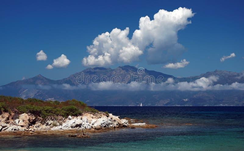 海岸西部的可西嘉岛 免版税库存图片