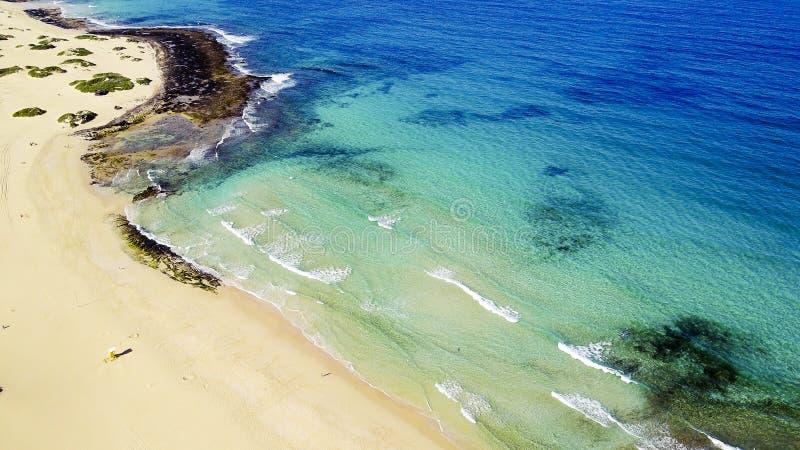 海岸,费埃特文图拉岛,加那利群岛鸟瞰图  库存照片