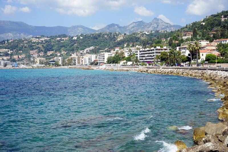 Download 海岸 库存照片. 图片 包括有 游泳, 小珠靠岸的, 地中海, 沙子, 夏天, 城市, 人们, 布琼布拉 - 59112858