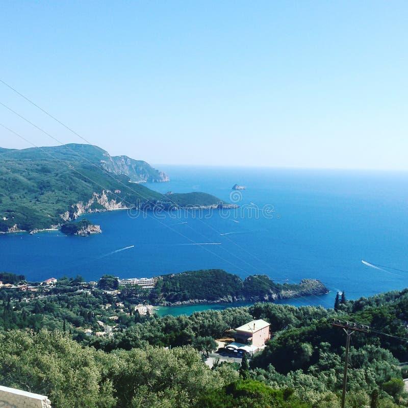 海岸corfu希腊海岛paleokastrica 免版税库存图片