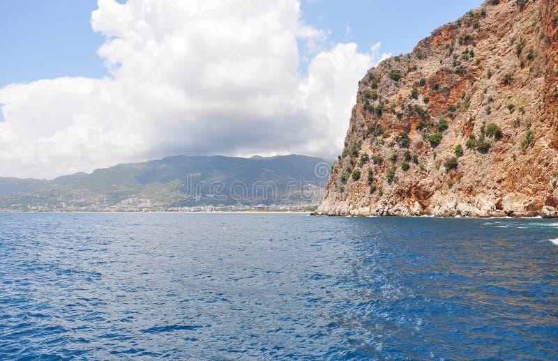 海峭壁 钓鱼地中海净海运金枪鱼的偏差 库存图片