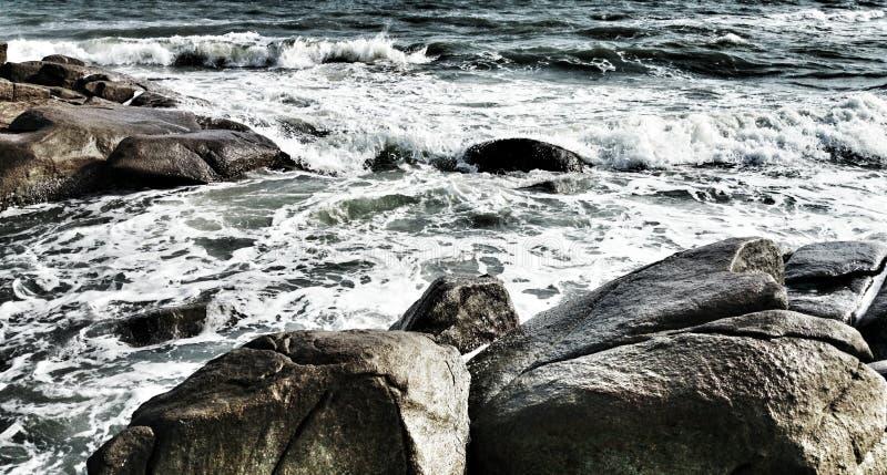 海有波浪 库存照片