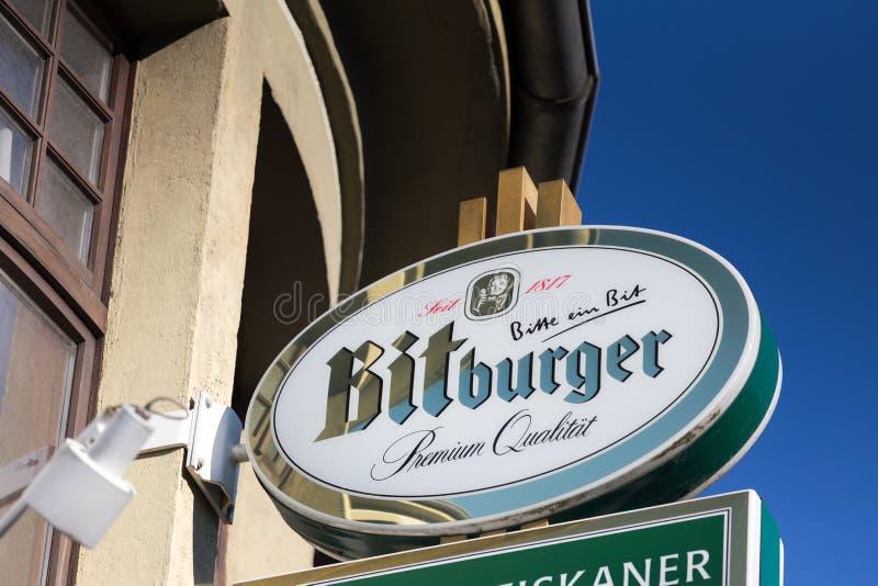 海格尔,黑森/德国- 17 11 18:bitburger签到haiger德国 免版税库存照片