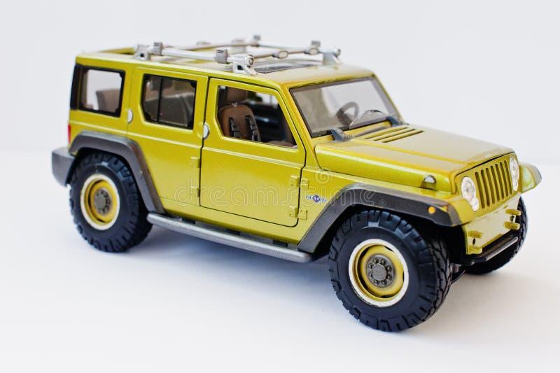 海氏,乌克兰- 2017年3月1日:绿色玩具汽车吉普Wr的微型拷贝 免版税库存图片