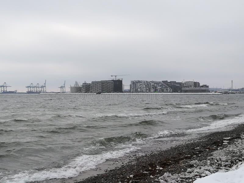 海洋在一冷的天 库存照片