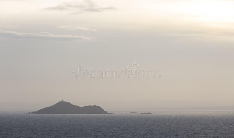海洋海湾的海岛 免版税库存照片
