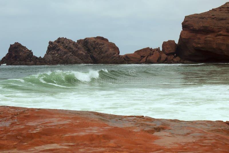 海海湾的岸 免版税库存图片