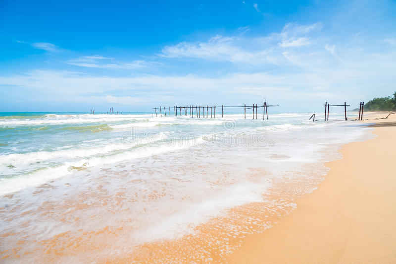 海海滩蓝天沙子太阳白天放松设计明信片和日历的风景观点在普吉岛,泰国海景 库存照片