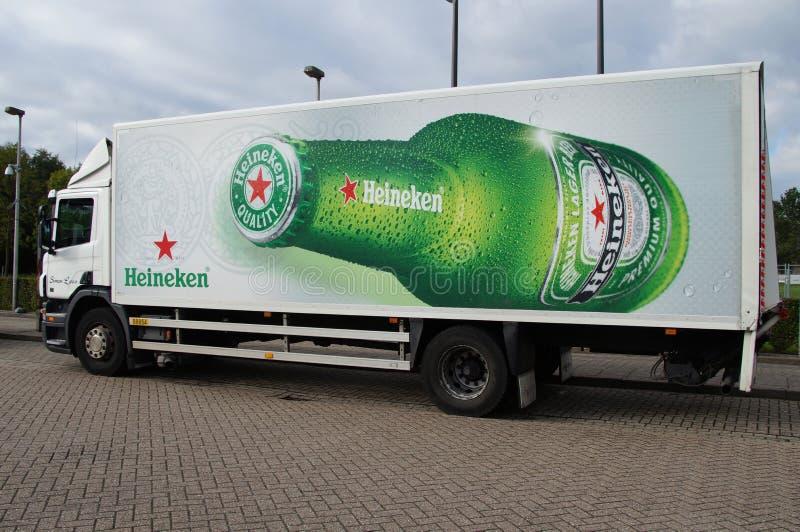 海涅肯啤酒送货卡车 库存照片