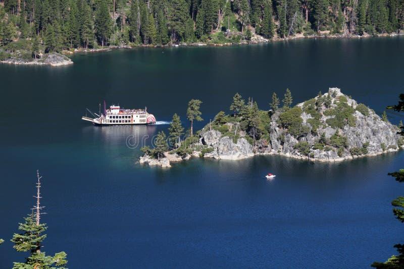 海湾加利福尼亚绿宝石Tahoe湖 库存图片